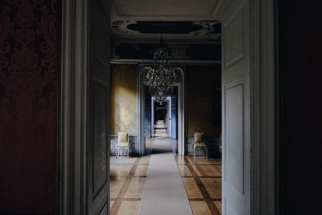 Ідеї для інтер'єру коридору.